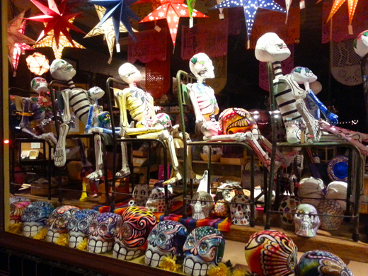 en, Austin, Texas, costumers, color, decoration, pillows, home decor, Day of the Dead